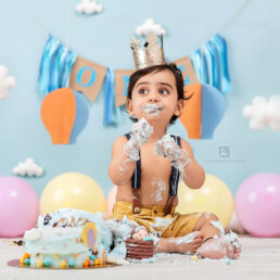 Cake Smash Photographer in Delhi, Gurgaon, Noida